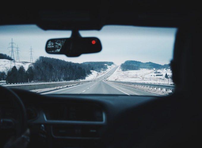 Cestování v autě má mnoho výhod i úskalí