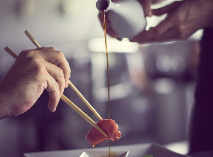 Nejslavnější pokrmy světa, které si nás získaly. Víte, odkud pochází?