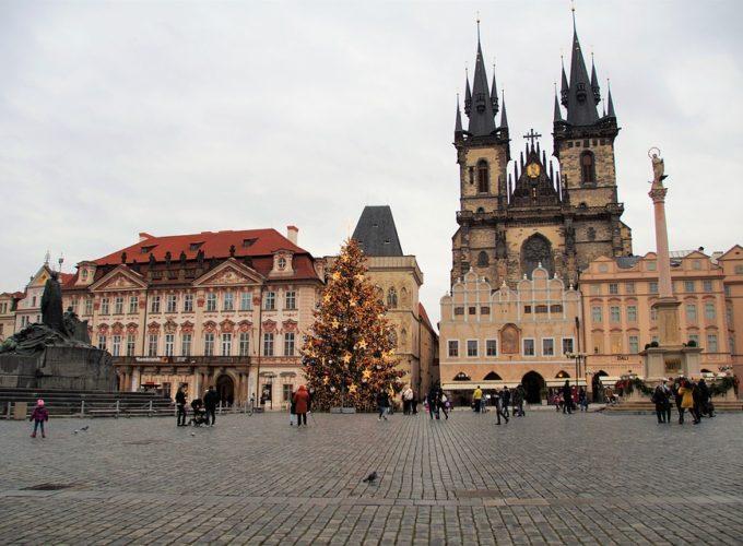 Staroměstské náměstí a jeho dynamická historie